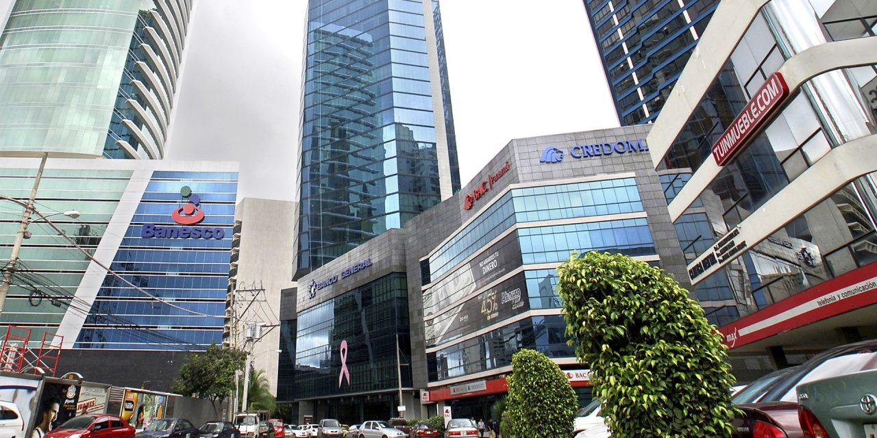 ¿Cómo afecta la crisis al sistema bancario de Panamá?