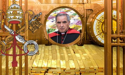 Escándalo financiero en el Vaticano lleva a la renuncia del cardenal Becciu