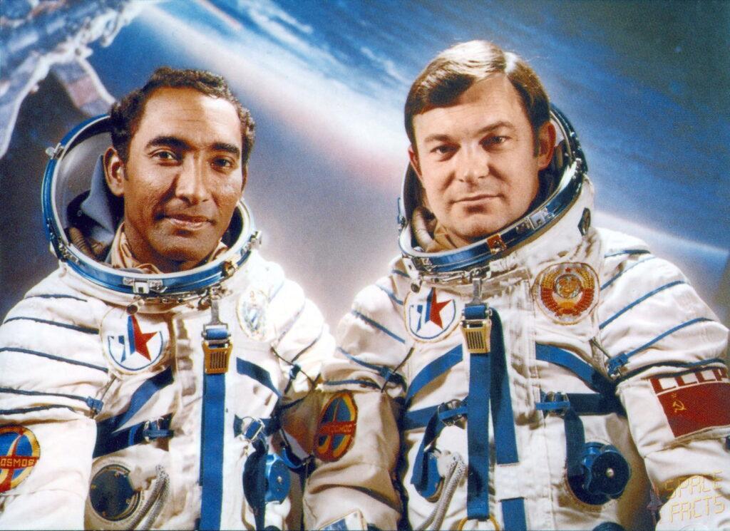 ¿Cómo se convirtió Arnaldo Tamayo en cosmonauta?