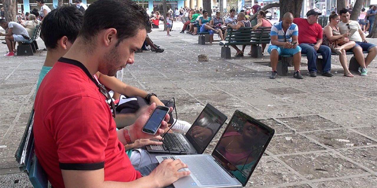 ¿Funciona el Internet en Cuba? Cómo conectarse al Wi-Fi
