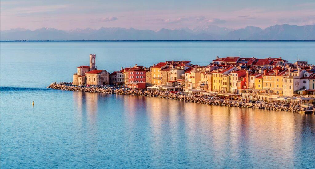 Eslovenia también ofrece casas a i1 euro